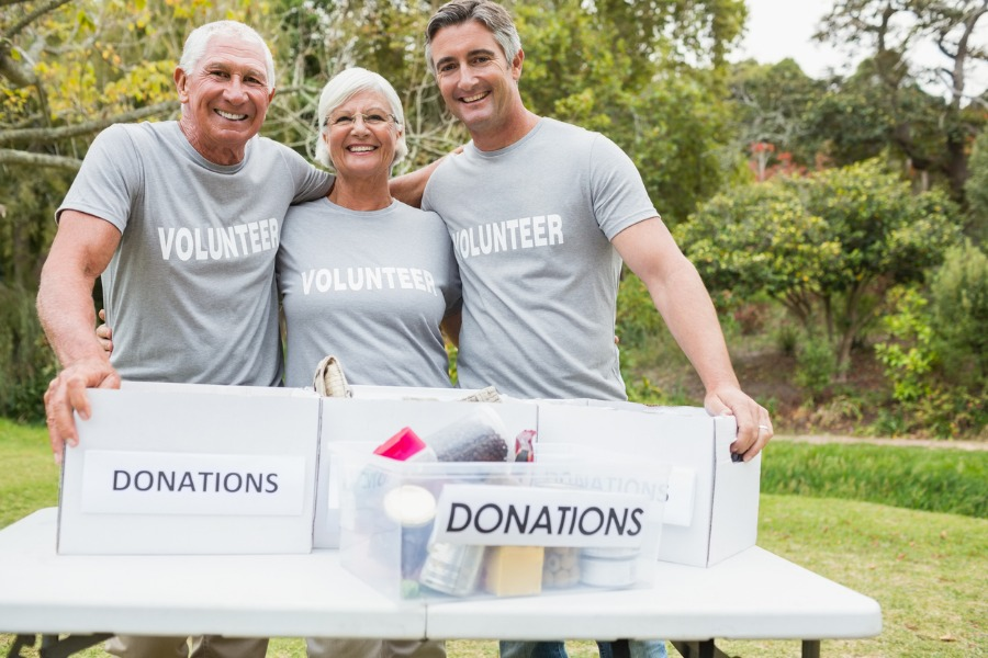 Volunteering Benefits and Ideas for Older Adults