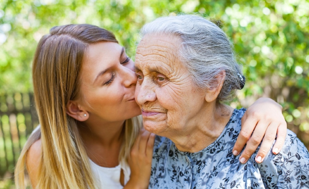 Signs and Symptoms of Alzheimer's – And What to Do Next